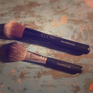 Bareminerals face brushes (2)